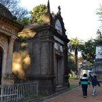 Organización en los momentos difíciles con cementerios privados uruguayos