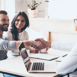Por qué es necesario contar con agentes inmobiliarios: principales razones