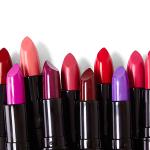 7 consejos geniales de maquilladores profesionales sobre el delineador de labios